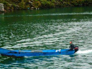 komani lake small boat