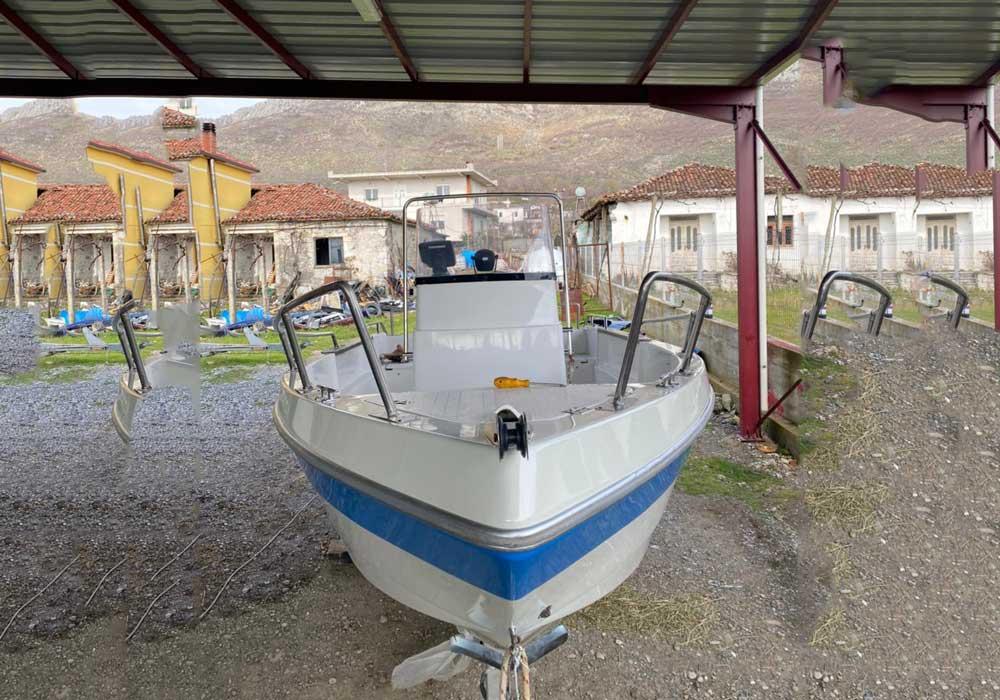 speedboat to komani lake